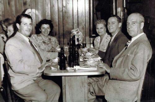 coonchickeninnphoto1947