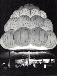 1964NYWorld'sFairBrassRailsnackbar
