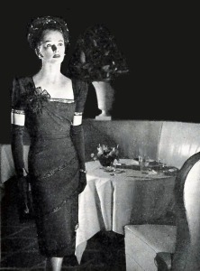 dinnerdresses1945cotillionrmhotelpierre