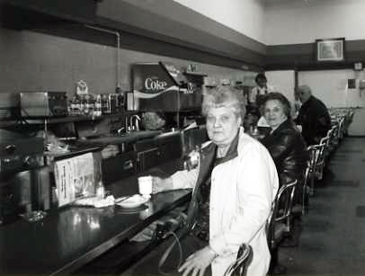 Lunching at the dime store | Restaurant-ing through history